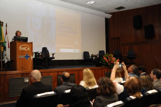Inez Gadelha disse que o investimento no tratamento do câncer é o mais alto do Ministério da Saúde: R$ 5 bilhões em 2018