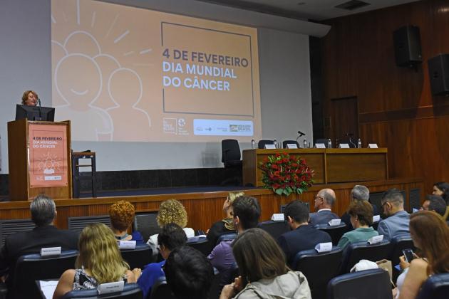Maria Inez Gadelha falou da relação entre aumento do número de casos de câncer e desenvolvimento socioeconômico