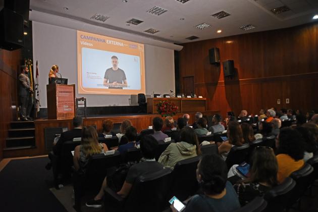 Ator Márcio Kieling gravou vídeo convocando pessoas a se engajarem no controle do câncer
