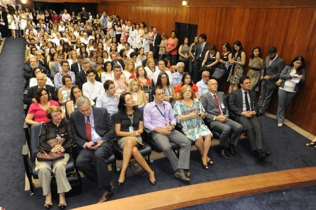 Familiares do novo diretor-geral estiveram presentes