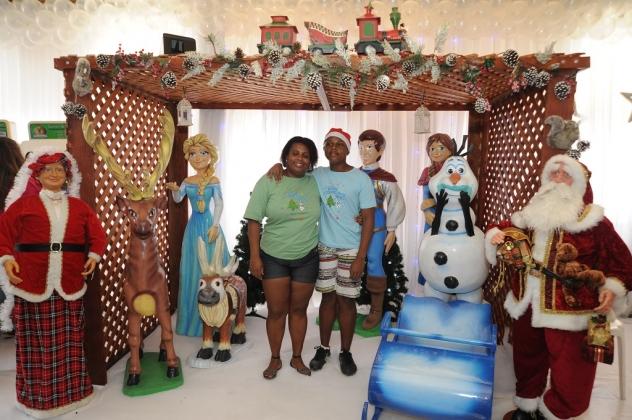 A festa de Natal teve como tema o filme de animação Frozen