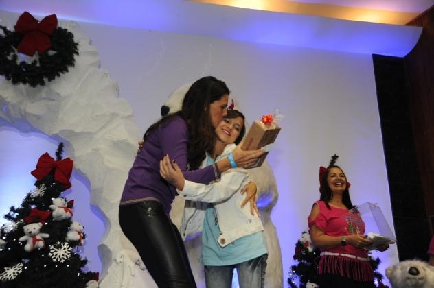 A madrinha do INCAvoluntário, Daniela SaraHyba,  não podia ficar de fora da comemoração!