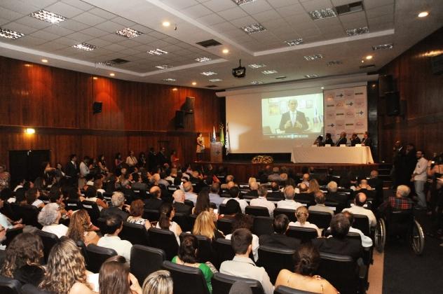 Em vídeo, o ministro da Saúde Marcelo Castro parabeniza o novo diretor-geral