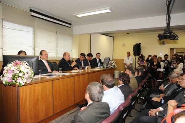Deputado Federal Simão Sessim esteve presente ao evento